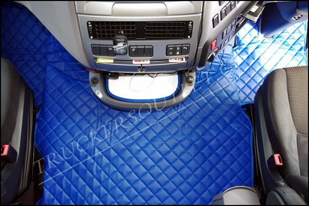 https://www.truckers-shop.com/wp-content/uploads/2013/08/DAF-106-BLUE-LEATHERETTE-FLOOR-SET.jpg